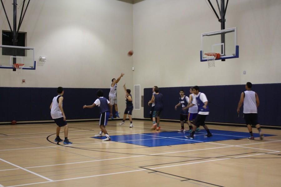 Basketball+season+begins+