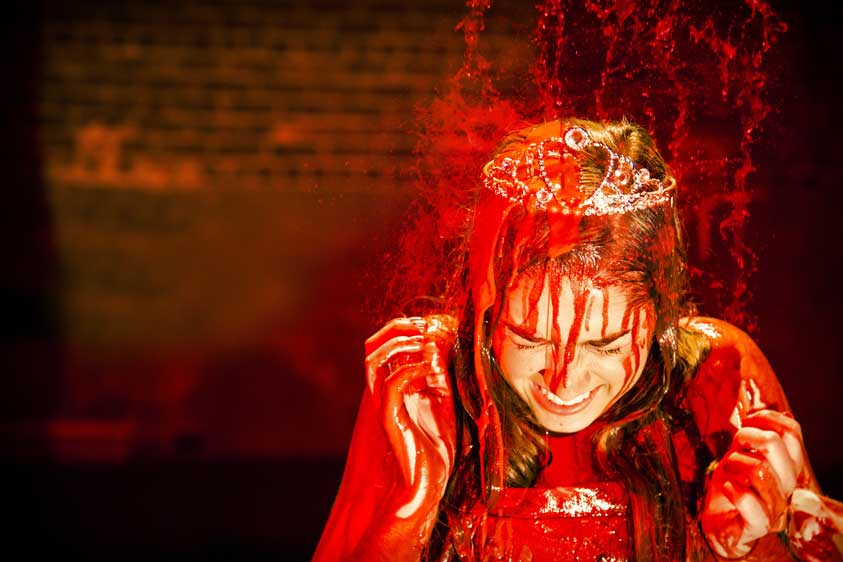 Cristina Oeschger as Carrie White in