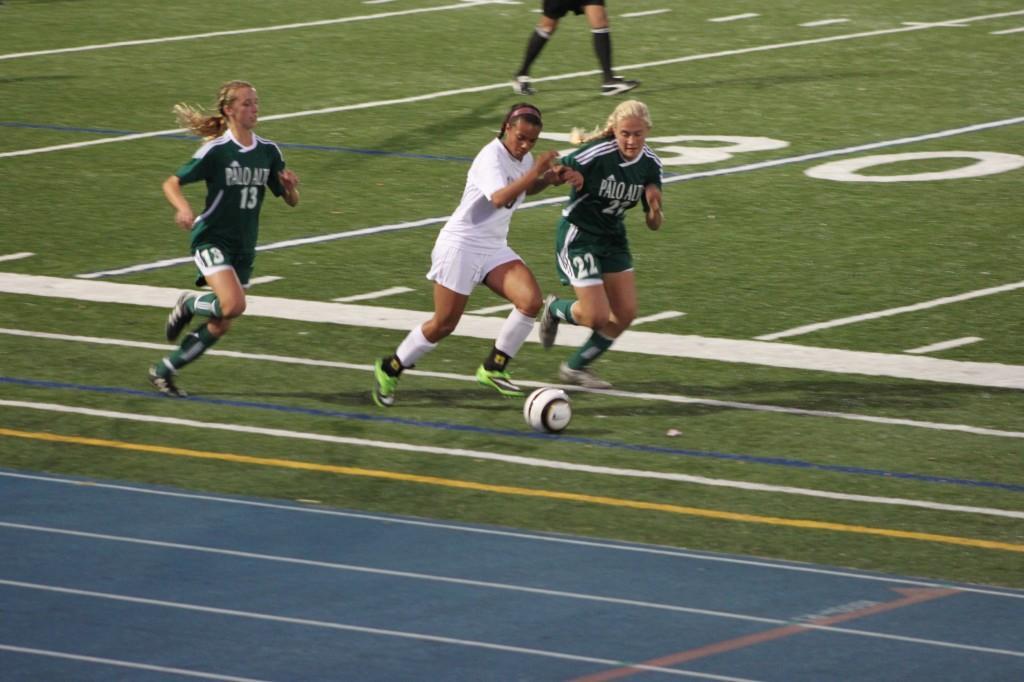 Senior Simone McCarthy takes on a defender.