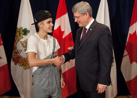 Justin Bieber's 'Dress to impress' attempts fail miserably