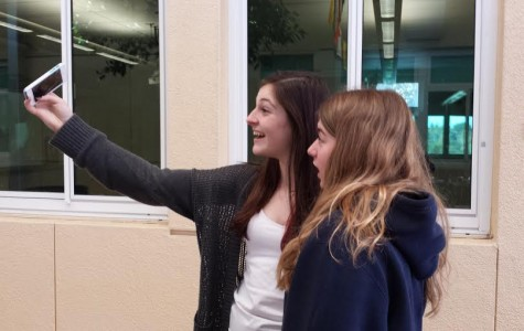 Carlmont students use Snapchat to communicate with friends in a way that many consider more lively and interesting than just text messaging.