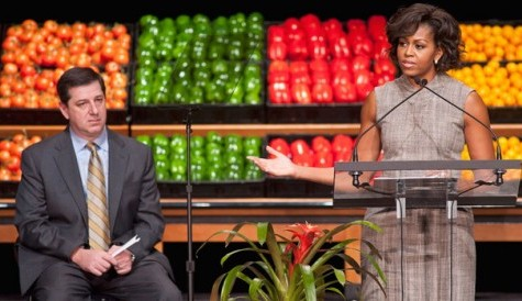 Michelle Obama fights junk food in schools