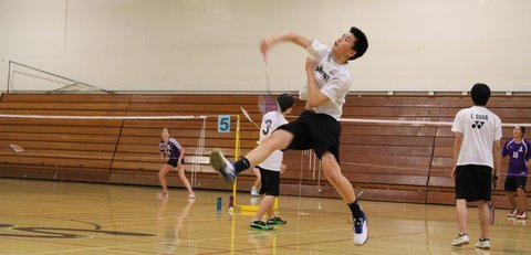 Carlmont badminton wins against Sequoia