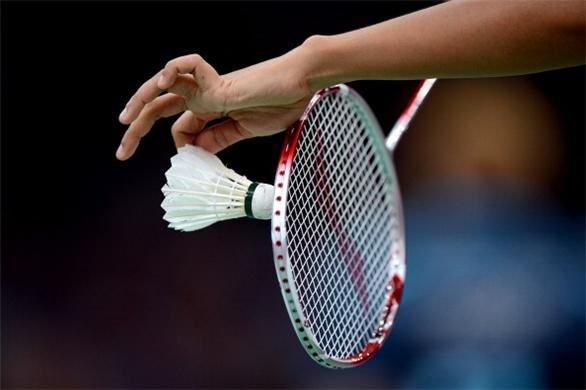 Varsity badminton defeats El Camino in first game of season