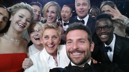Ellen DeGeneres' famous tweet  (Image courtesy of  @TheEllenShow)