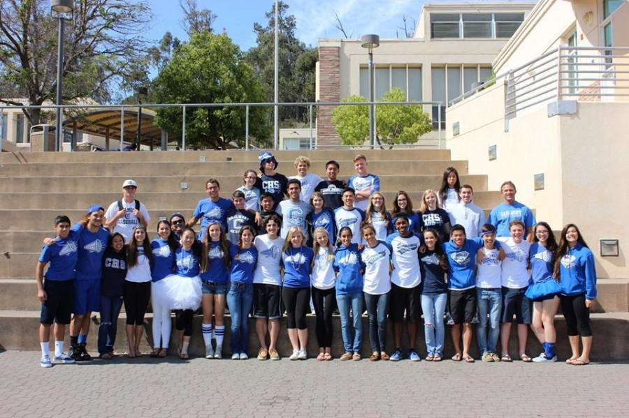 ASB poses together for Carlmont's last day of spirit week.