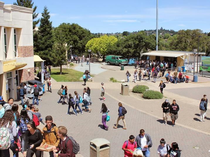 Students find friends and buy lunch in the Quad after fourth period.