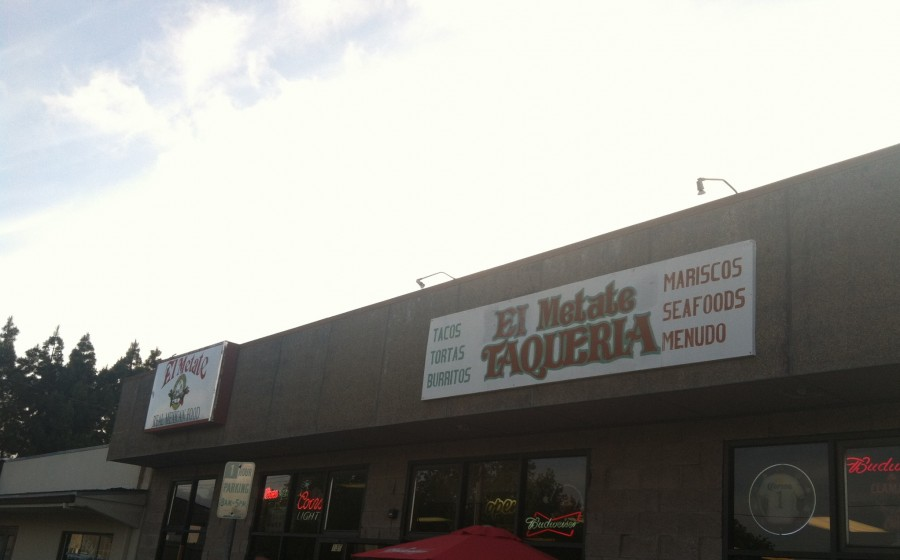 Outside of El Metate Taqueria