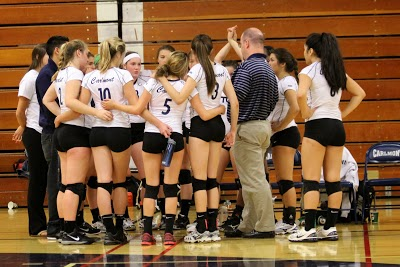 Varsity volleyball earns Team Academic Award