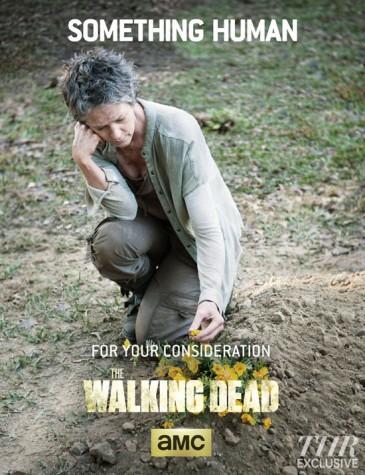 'Walking Dead' showcases machine-gun-wielding old lady