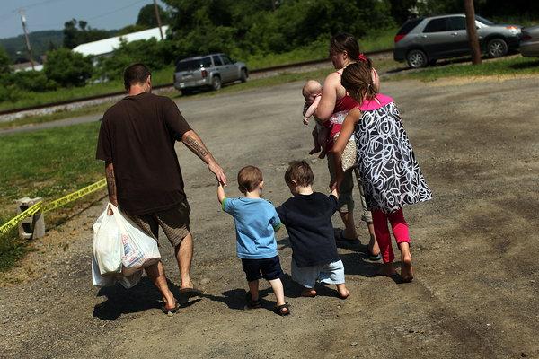 Families struggle under the U.S. economy.