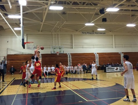 Varsity basketball lacked stamina in loss against Mills