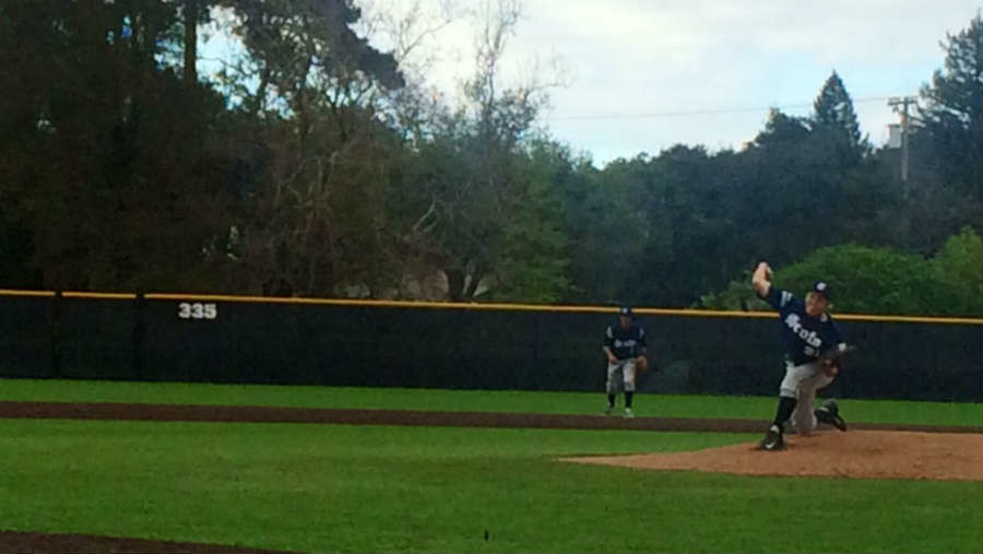 Boys varsity baseball fell to Sacred Heart 2-1 on Wed. night.