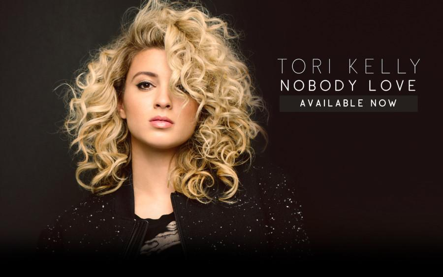 Tori Kelly describes  signing