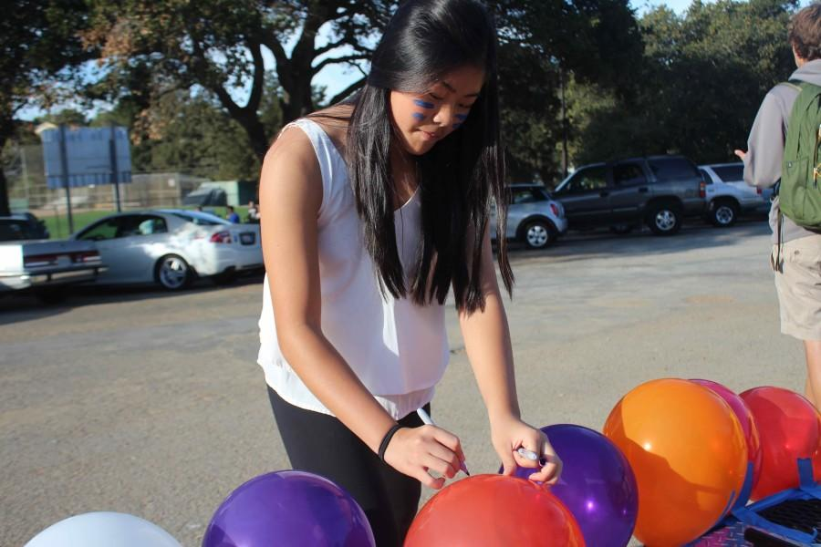 Freshman Jessica Jiang draws out the word