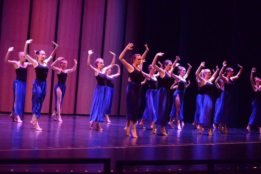 Carlmont dances performance, Inception, stole the audiences attention during The Black and White Gala.