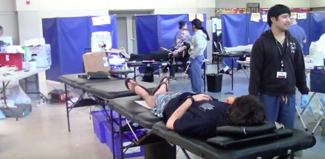 Carlmont students donate blood to save lives – Bijan Khalili
