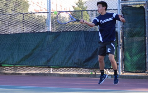 Boys tennis takes a tough loss to Menlo-Atherton