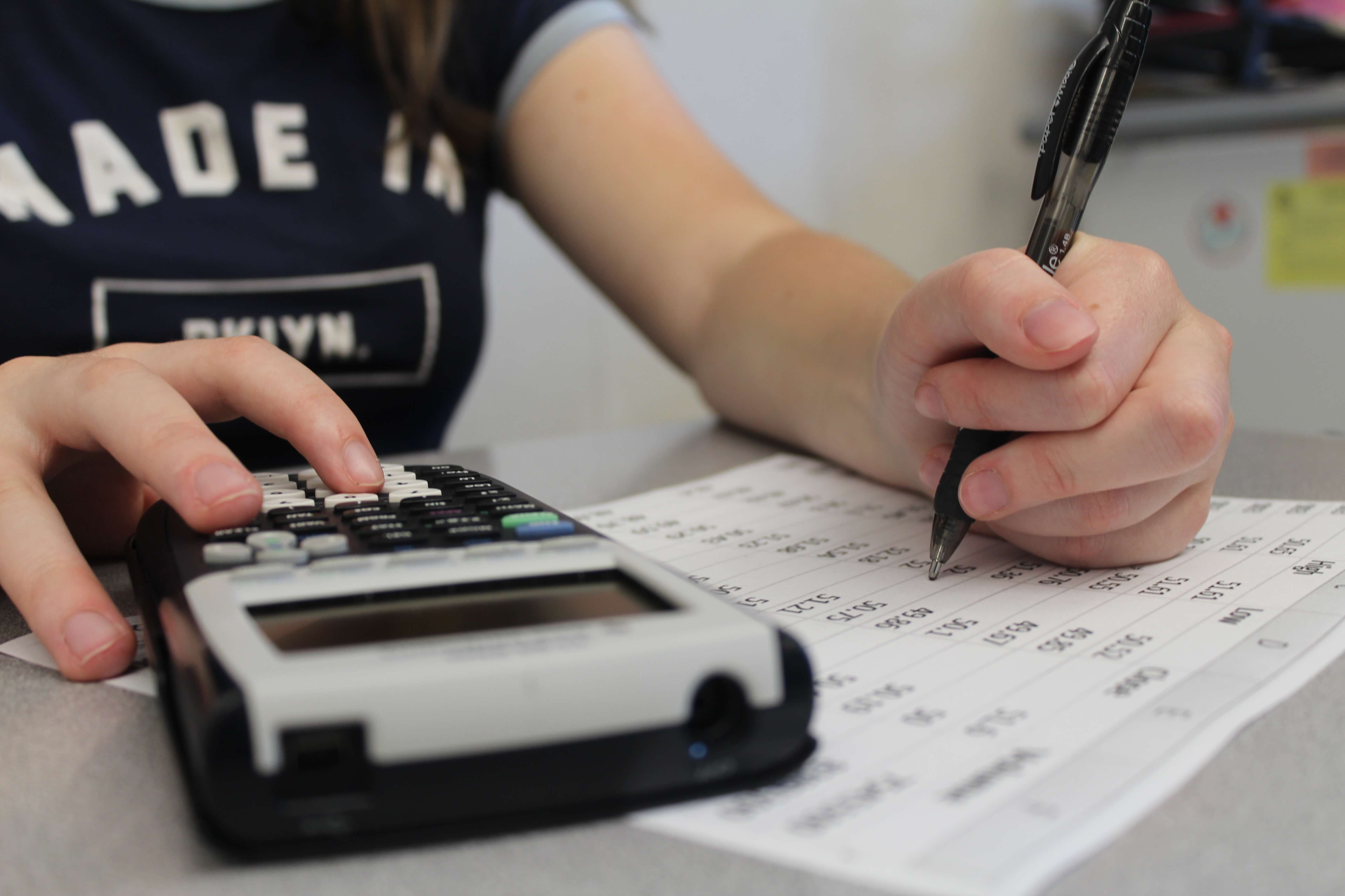 Personal finance class prepares students for life after high ...