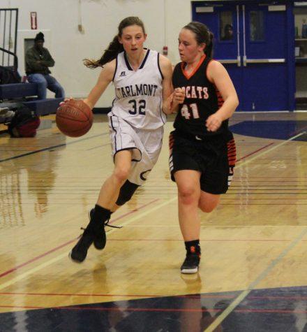 Girls varsity basketball falls to Los Gatos