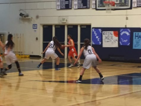 JV Girls basketball takes home a win against Woodside