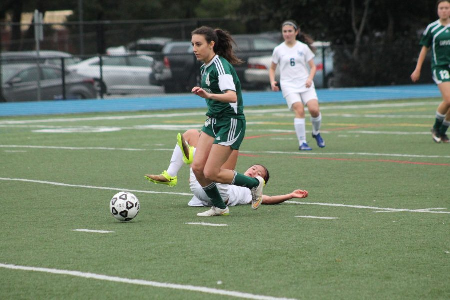 Capuchino player Ciena Daniele steals the ball from offensive player Samantha Phan.