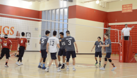 Boys Varsity Volleyball defeats Gators through a team effort