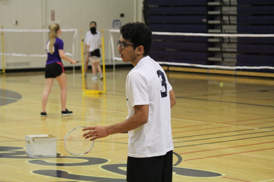Carlmont's Devansh Tandon gets in a ready stance for the serve from his opponent.