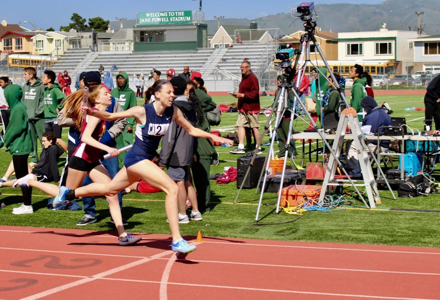 Carlmont+sprints+past+other+school+teams+in+order+to+win+the+race.