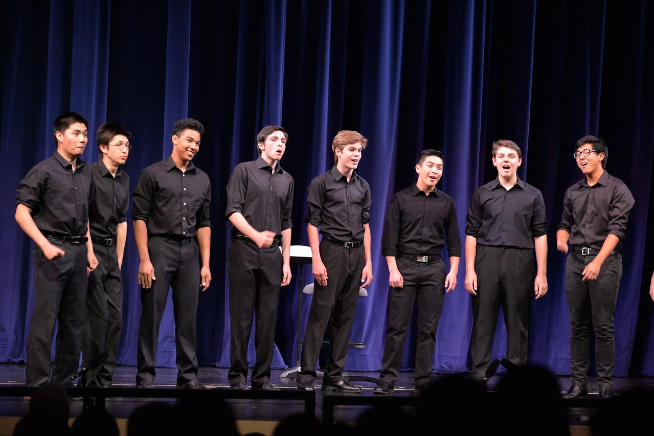 Fine+Tuning%2C+Carlmont%27s+only+all-male+a+cappella+group%2C+performs+%22The+Lion+Sleeps+Tonight%22+at+the+Choral+Spring+Concert.