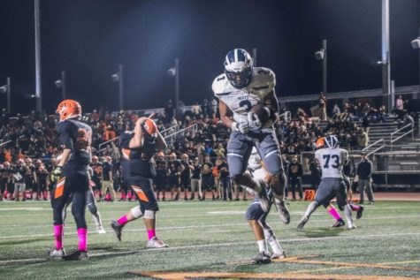 Varsity football season record at 6-0 after San Mateo victory