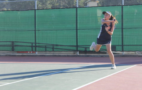 Girls' varsity tennis dominates Hillsdale on senior night