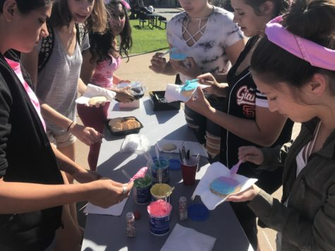 Cookie decorating adds sweetness to homecoming week