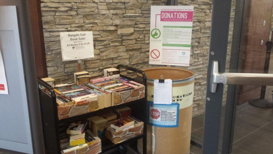 Patrons+can+donate+nonperishable+items+like+cans+or+dried+foods+in+order+to+waive+library+fines.