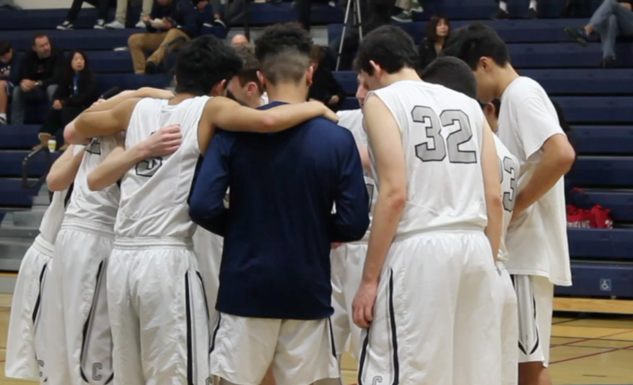 Varsity boys' basketball defeats Burlingame