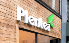 Plentea's storefront in San Francisco on the corner of Pine and Kearny in the Financial District.