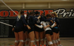 Girls varsity volleyball takes second loss to Woodside