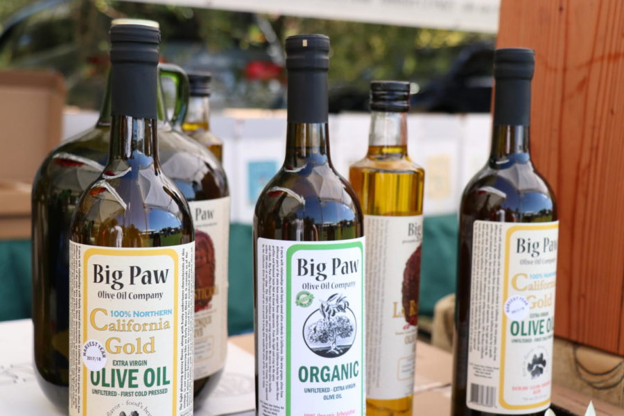 Vendors+sell+olive+oil+at+Olive+Festival+in+Fremont.