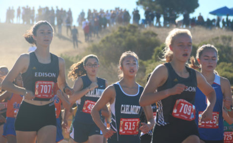 Underclassmen fill the shoes of girls' varsity at Serra Invitational
