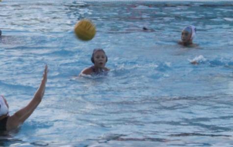 Girls JV water polo beats Woodside 11-10