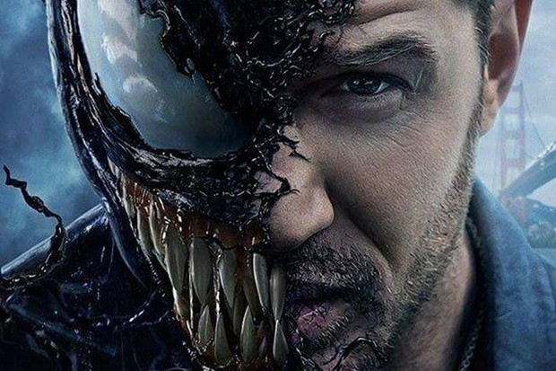 Tom+Hardy+transforms+into+a+malicious+alien+who+attempts+to+take+over+the+world+in+%27Venom.%27