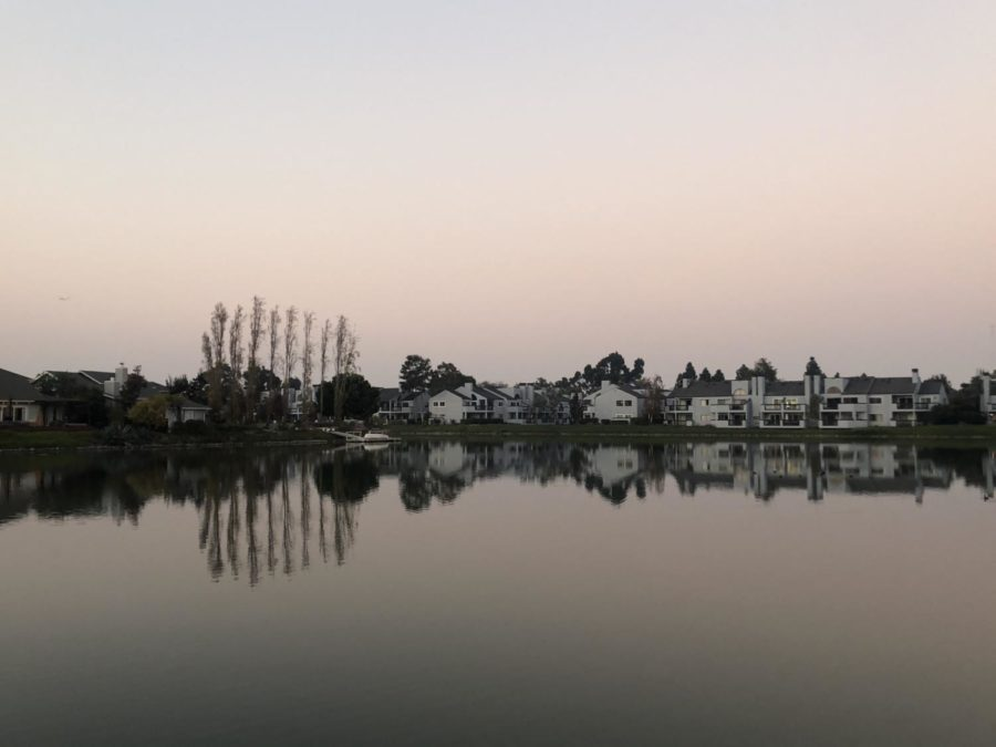 Smoke hovers over a Redwood Shores Lagoon. Because of the smoke, Carlmont High School was canceled for Friday, Nov. 16 and students, many of whom reside in Redwood Shores, were advised to stay home.