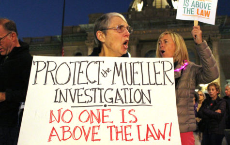 Citizens in Redwood City joined protesters across the nation calling for protection for the Mueller investigation.