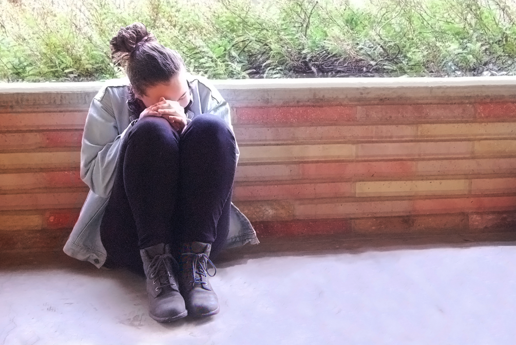 Anxiety amplifies Alexandra Gische's worries and overwhelms her.
