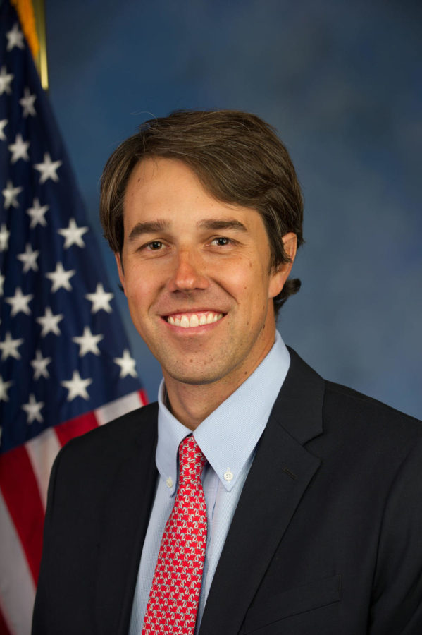 Former Texas Rep. Beto ORourke held a rally in El Paso to combat the presidents pro-wall rally