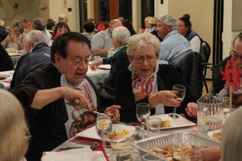 San Carlos Crab Feed brings smiles to seniors