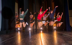 Seniors say goodbye to Carlmont Dance