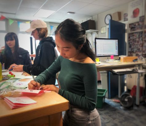 Students plug their noses as the Carlmont campus expands