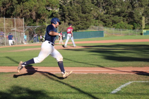 Varsity baseball comes out victorious against Sequoia