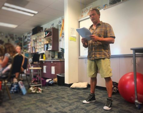 Teacher touches students' hearts